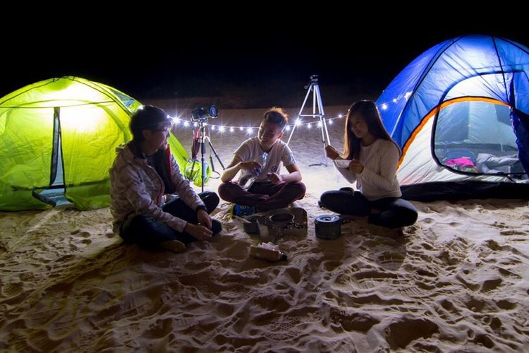 Camping in a beach is like..... Night People Outdoors Adult Hkscene Hklandscape Hkcamping Wildlife & Nature Hkwild Adventure Exercising Healthy Lifestyle Landscape Photography