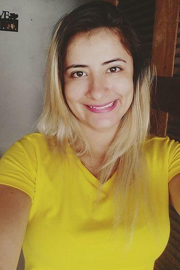 E quem me ver vai sempre me vê sorrindo. Peace ✌ Love ♥ Live ♡