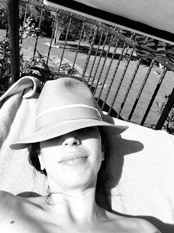 Real People One Person Portrait Outdoors Bella Italia Italy Tuscany Summer Blackandwhite Missing Summer Sunkissed Skin