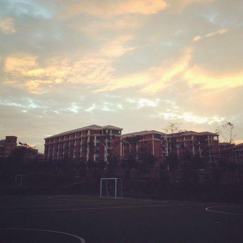 Sunrise of YNU.⛅️