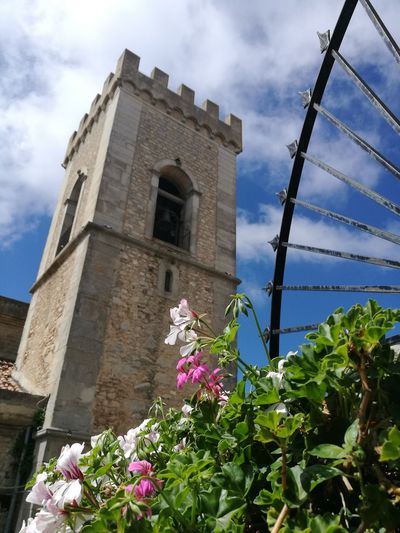 Montalbano Elicona. Borgo più bello d'Italia 2015 Duomo Montalbano Elicona Messina, Italy Sicilia Torre Campanile Bell Bell Tower Flower History Sky Architecture Building Exterior Built Structure Cloud - Sky Ancient Church Christianity