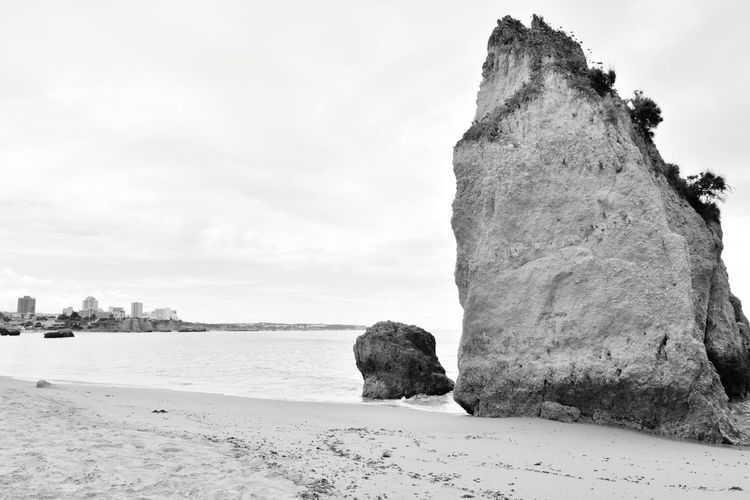 Rocky Beach Beach Black & White Black And White Monochrome Monochromatic Monochrome _ Collection EyeEm Selects Sea Beach Sand Rock - Object Sky Rock Formation Stack Rock Rock Rocky Coastline Geology Coast Shore Horizon Over Water