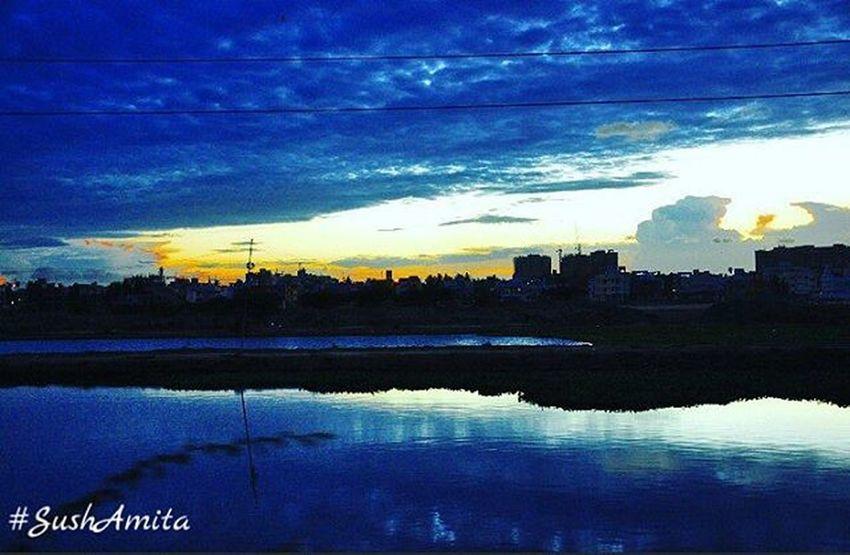 Sushamita Evenings Sky Blue Silhouette Sunset Ecrroad Ecrphotography ECR Nammachennai Chennai Chennaiphotography Streetphotography Outdoorphotography Chennai Tamilnadu India Nikonphotography Nikondslr Nikondslr Nature Instapic Ig_chennai Sochennai