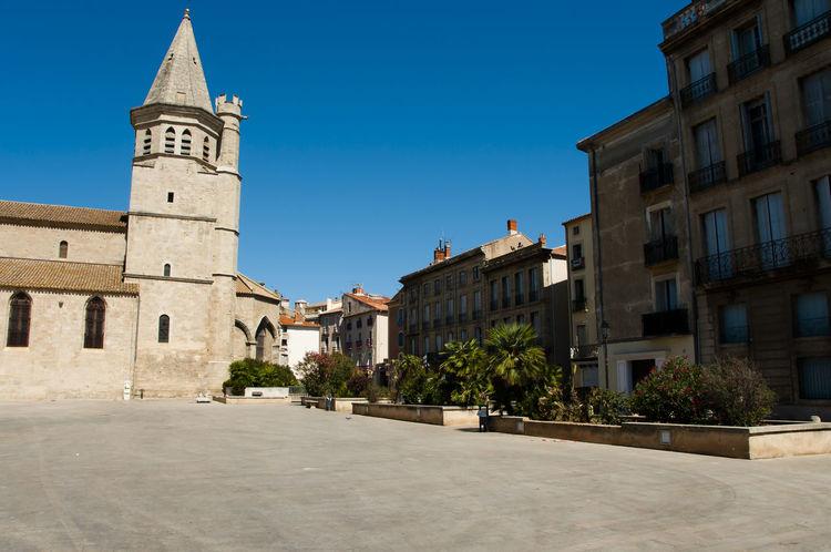 Madeleine Church - Beziers - France Béziers Church France Madeleine Church City
