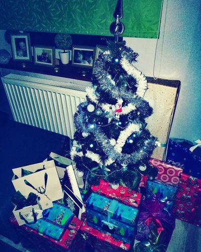 My little Christmas tree🎄♥ Christmas Tree Christmas Decoration Christmas Lights Christmas Around The World Christmas Time Love ♥ Family❤ Present