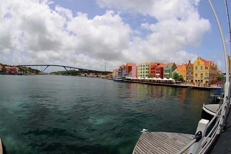 Handelskade Schottegat UNESCO World Heritage Site Architecture Bridge - Man Made Structure Building Exterior Built Structure City Cloud - Sky Connection Day No People Outdoors Ponton Bridge Curacao Sky Transportation Travel Destinations Water Waterfront