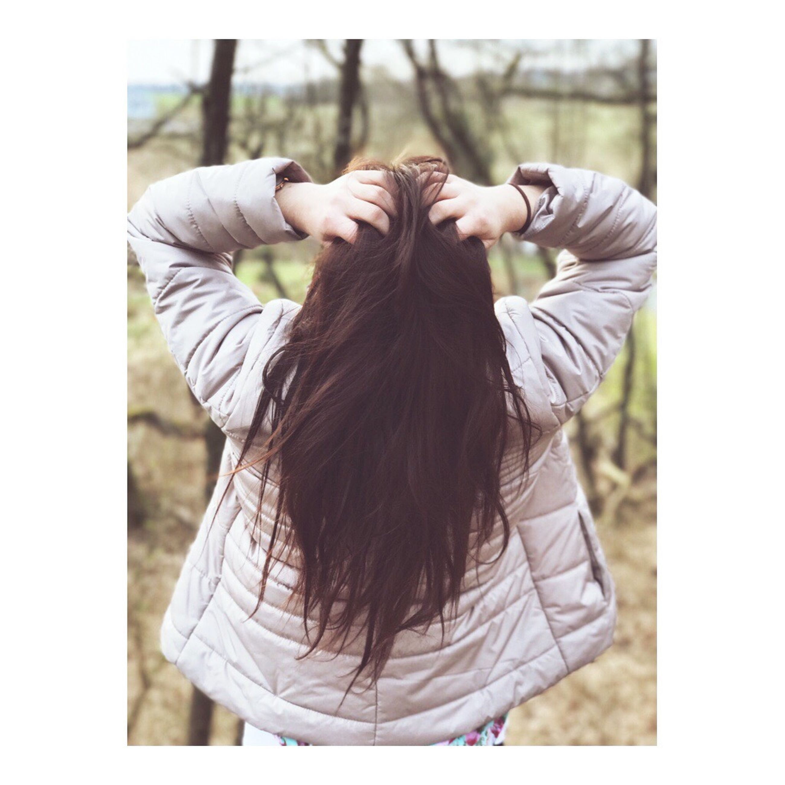 real people, rear view, one person, long hair, day, leisure activity, lifestyles, women, standing, outdoors, young women, young adult, people