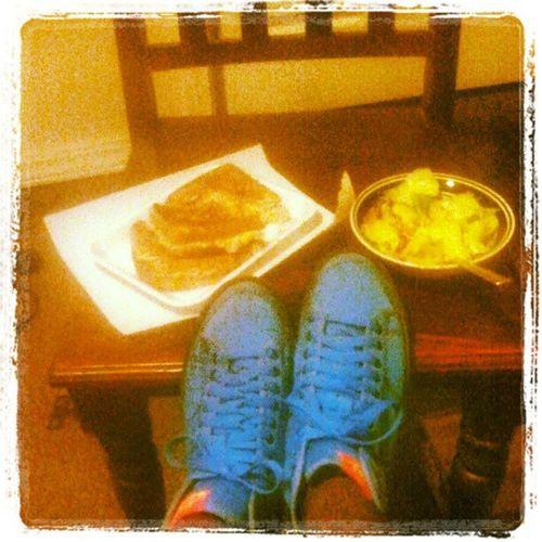 Tunamelts Salad Nikes