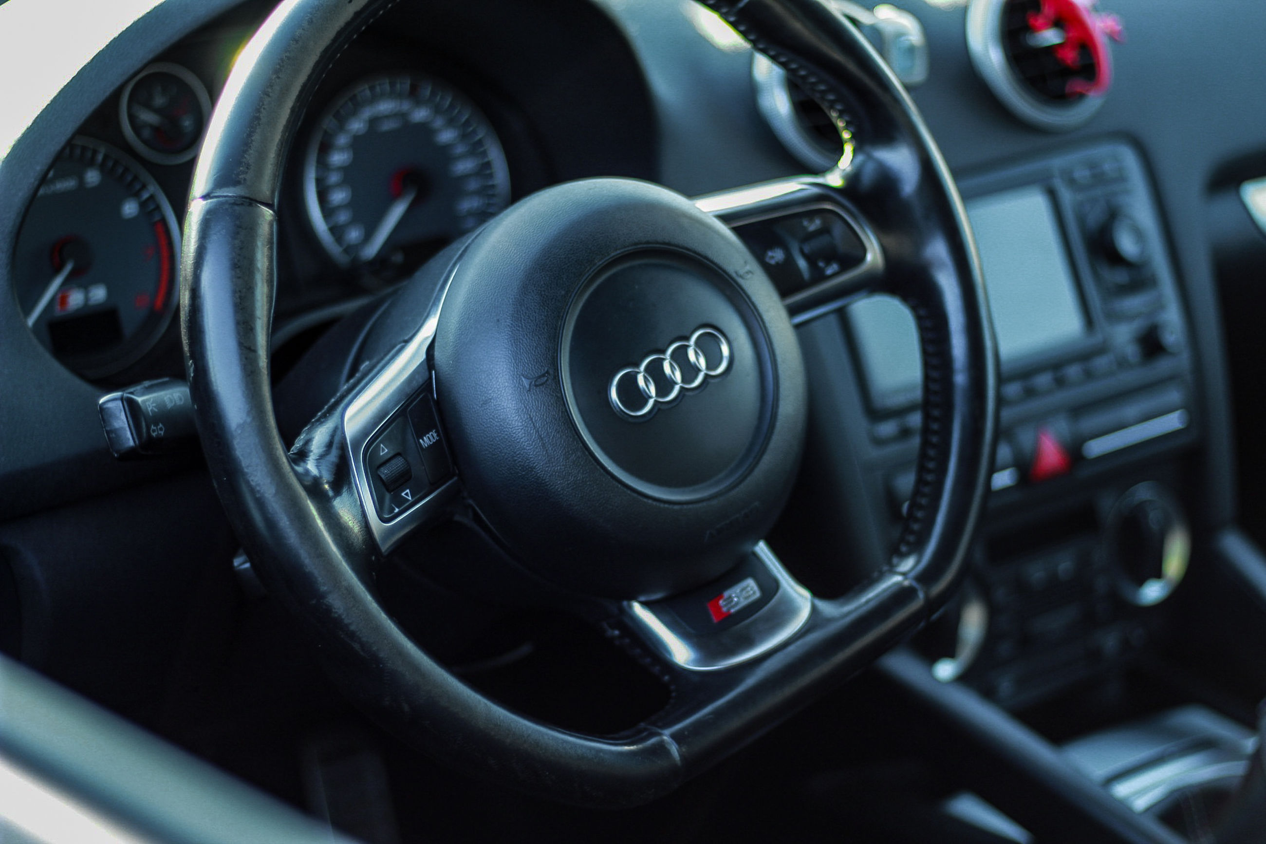 mode of transportation, vehicle interior, transportation, motor vehicle, car, car interior, number, control panel, land vehicle, control, gearshift, dashboard, close-up, steering wheel, technology, speedometer, speed, no people, indoors, vehicle part, push button, luxury