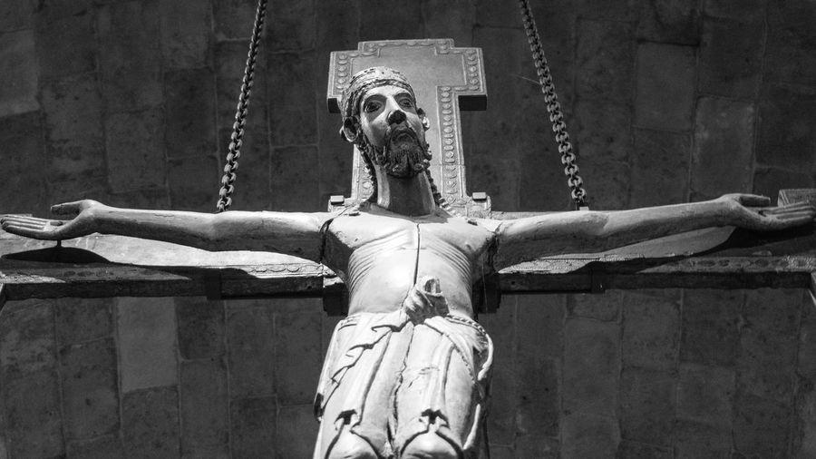 Savior of the World. Blackandwhite Blackandwhitephotography Faith Jesuschrist Jesuschosenus Crucifixion Religion Sony A6000 Project365