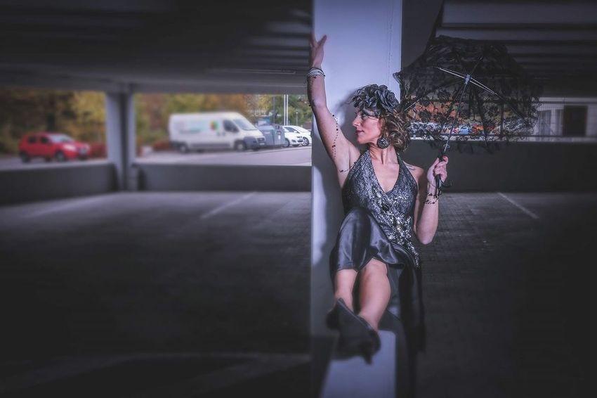 Taking Photos Fotografia Phil7lphotos Model Pose Shooting Photography Model Street Photography Photooftheday People Photography