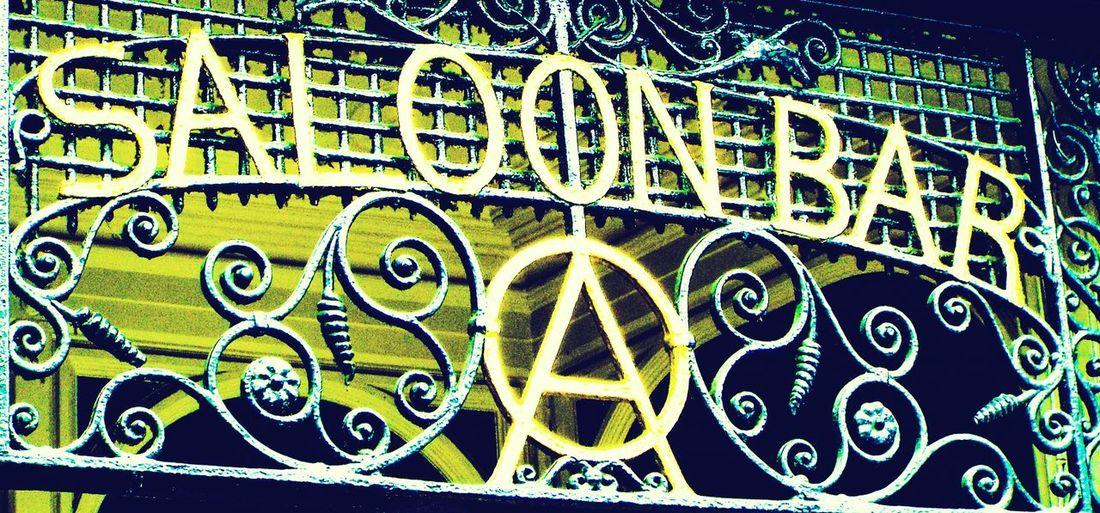 Anarchy Camden Town Oxford Arms Pub Saloon Bar Camden High Street