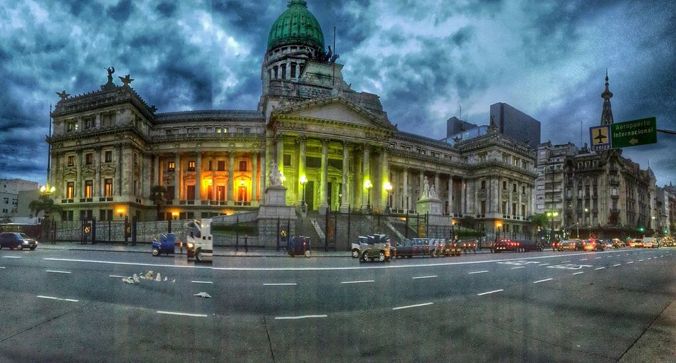 Avda. Callao Y Avda Rivadavia Buenos Aires Congreso Architecture Buenos Aires, Argentina  EyeEm Buenos Aires Congreso Nacional Congreso De La Nacion Argentina Streetphotography