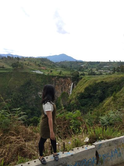 when i see Danau Toba Full Length Young Women Mountain Tree Women Sky Growing Landscape Grassland Lakeside