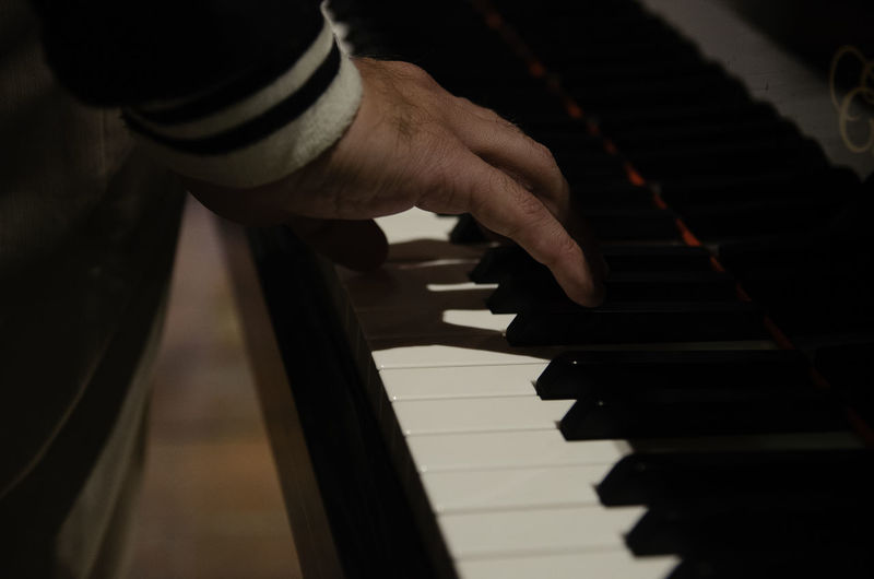 Musical Instrument Musical Equipment Music Piano Human Hand Hand Arts Culture And Entertainment Playing One Person Piano Key Human Body Part Indoors  Musician Finger Human Finger Skill  Body Part Leisure Activity Close-up Men Keyboard Instrument Keyboard