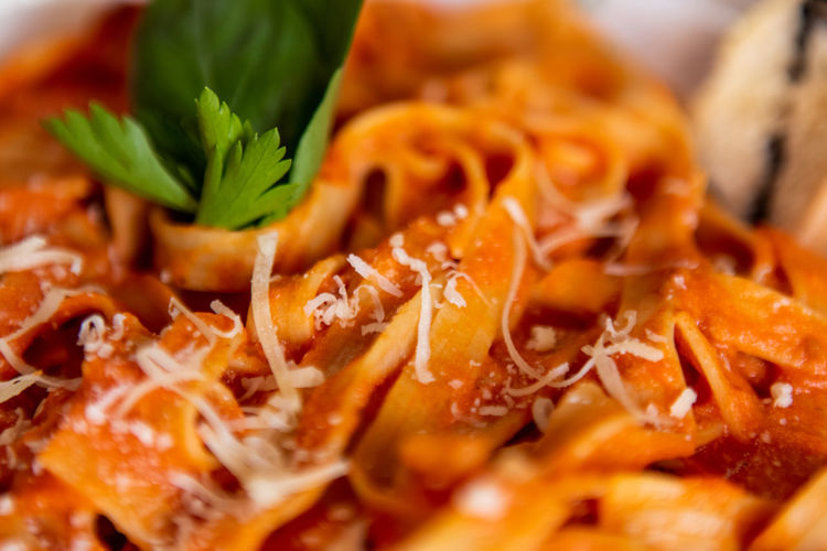 Food Food And Drink Freshness Healthy Eating Close-up Ready-to-eat Wellbeing Selective Focus Still Life Indoors  Herb No People Vegetable Pasta Indulgence Orange Color Root Vegetable Italian Food Serving Size High Angle View Garnish Temptation Chopped Spaghetti