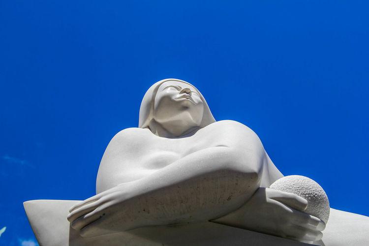 Plenitud, Jorge Jiménez Deredia. Clear Sky Lucca Lucca Italy Toscana Day Deredia Sculptures No People Outside Sculpture Women Sculpture
