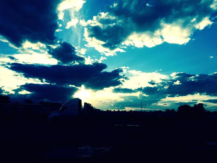 Someday Linda Tarde! Nubes Work Eyemphotography First Eyeem Photo Live Life