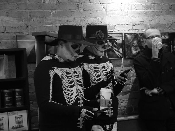 Last Halloween 🎃 New York Halloween Starbucks Panasonic  Lumixgx7 Nofilter Allysdms NYC Capture The Moment