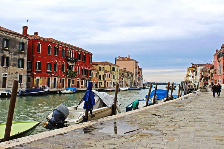 Building Exterior Tourism Travel Destinations Canal Romantic Venice Venezia Italy Italia Beautiful Water Tourist Boat