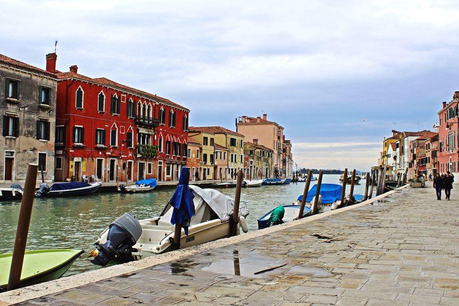 Building Exterior Tourism Travel Destinations Canal Romantic Venice Venezia Italy Italia Beautiful Water Tourist Boat