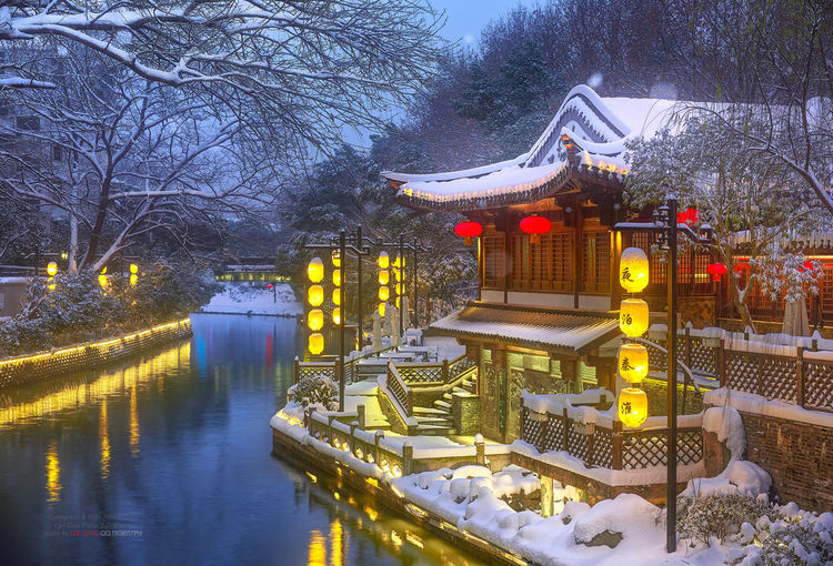风雪桃叶渡 Bare Tree Built Structure Cold Temperature Night Outdoors Sky Snow Tree Water Winter 南京 夜景 旅游 桃叶渡 秦淮风光