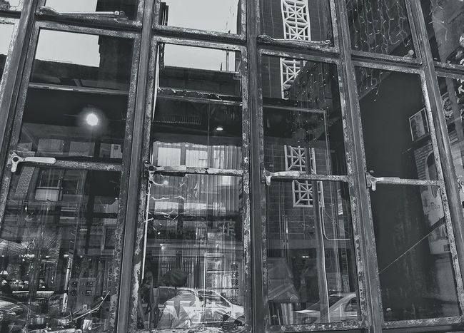 B&w Street Photography Reflection Reflection_collection Streetphotography Streetphoto_bw Monochrome Blackandwhite Light And Shadow Architecture MonochromePhotography Old Buildings Live Love Shop 窓萌 2015.12.02 at 台中市第四信用合作社 in Taichung, Taiwan