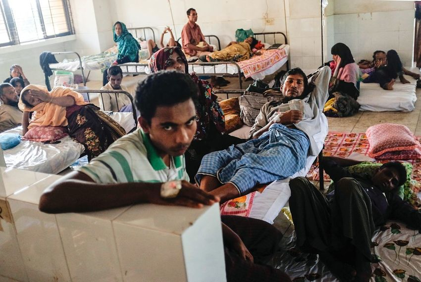 Rethink Things Sitting Indoors  The Week On EyeEm WeekOnEyeEm Picoftheday Rohingya Refugees Bangladesh Documentary EyeEm Best Shots Photojournalism EyeEmNewHere Be. Ready.