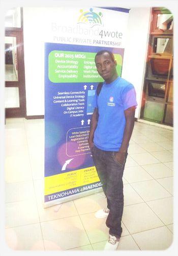 i'm a biginner ! web developer Networking Working Potrait