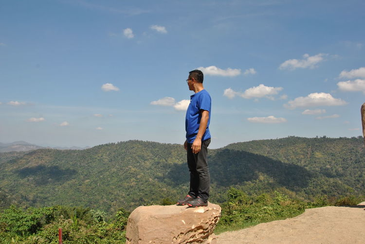 Me, at Khaoyai, 2016 Khoayai One Person Real People Mountain Sky Leisure Activity Men Casual Clothing Scenics - Nature Lifestyles Full Length Standing Non-urban Scene Cloud - Sky Nature Day Beauty In Nature Rear View Idyllic Tranquility Tranquil Scene Looking At View Outdoors