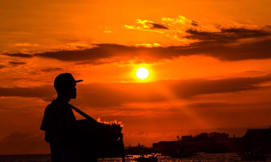 Chasing sunsets Check This Out Silhouette Sunset_collection Sunset Silhouettes Sky And Clouds Write With Colors Eye4photography  EyeEm Gallery EyeEm Best Shots - Sunsets + Sunrise Throughmyeyes Myperspective Simply Beautiful Capture The Moment EyeEm Best Shots Eyeem Philippines