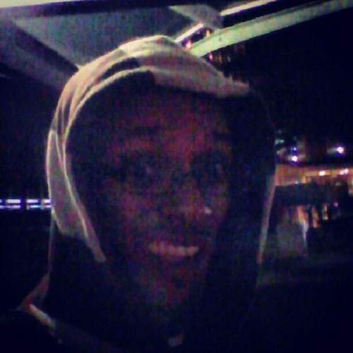 Chillin Out In Tha Chilly Winds After A Long Day Of Work...GotaBeBack2morro ChillyWindsPlzDontBlow
