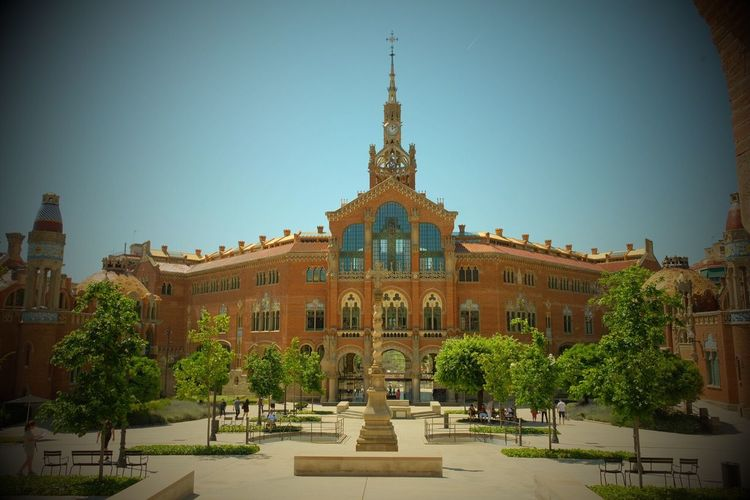 Architecture Built Structure Tree Building Exterior Clear Sky Outdoors Day Travel Destinations Statue Sculpture No People Sky Nature Hospital St Pau Barcelona