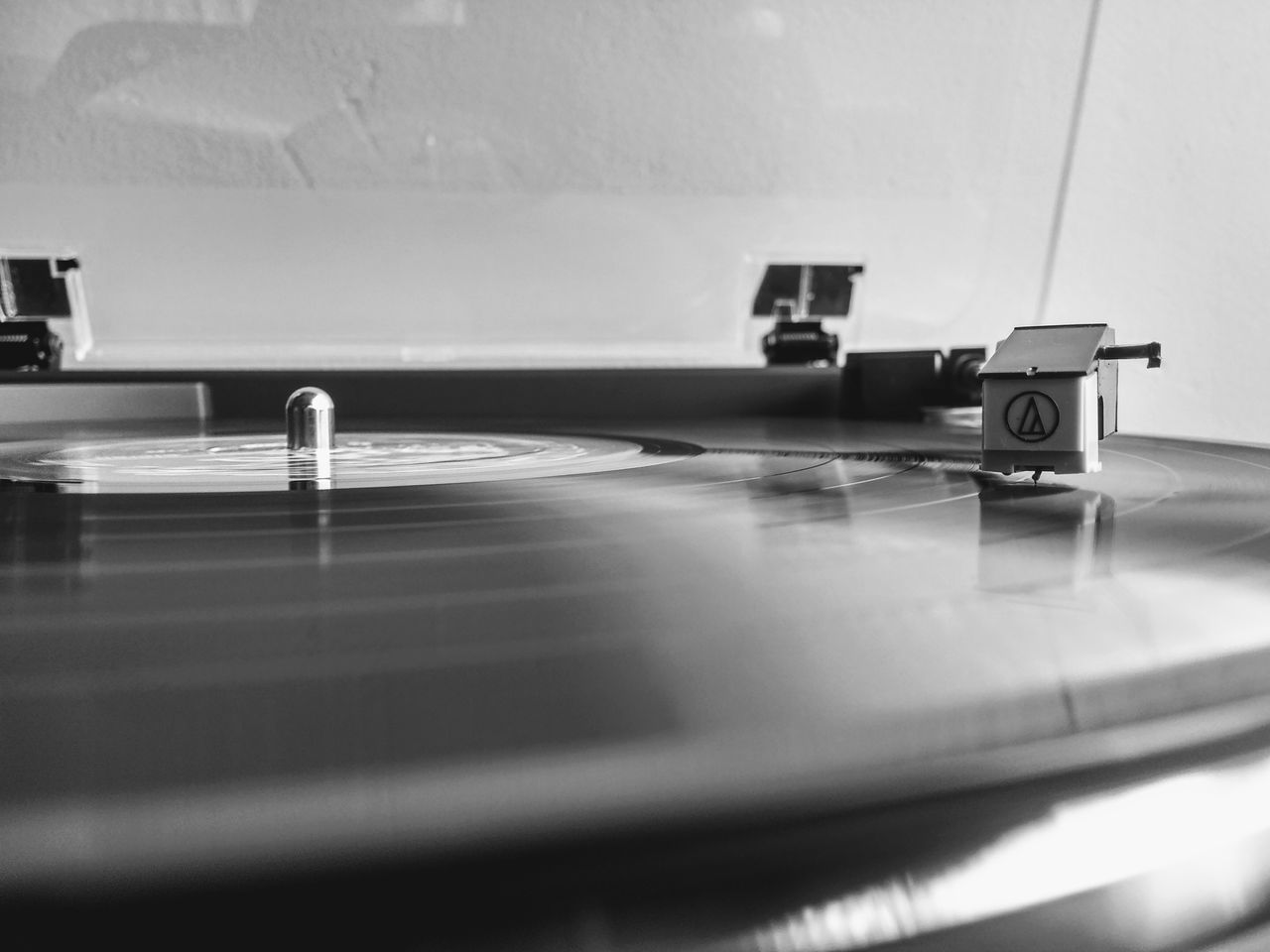music, turntable, record, indoors, record player needle, audio equipment, old-fashioned, no people, technology, arts culture and entertainment, sound recording equipment, close-up, day
