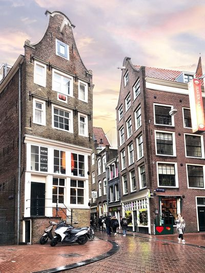 Amsterdam Streets Rain Amsterdam Red Light District Leaning Houses Netherlands Holland Dutch Building Exterior Built Structure Architecture Building Sky City Car Street Residential District