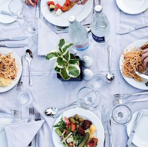 Dining Table Dining Out Food Salad Relaxing Holiday POV Nice Atmosphere Water Table