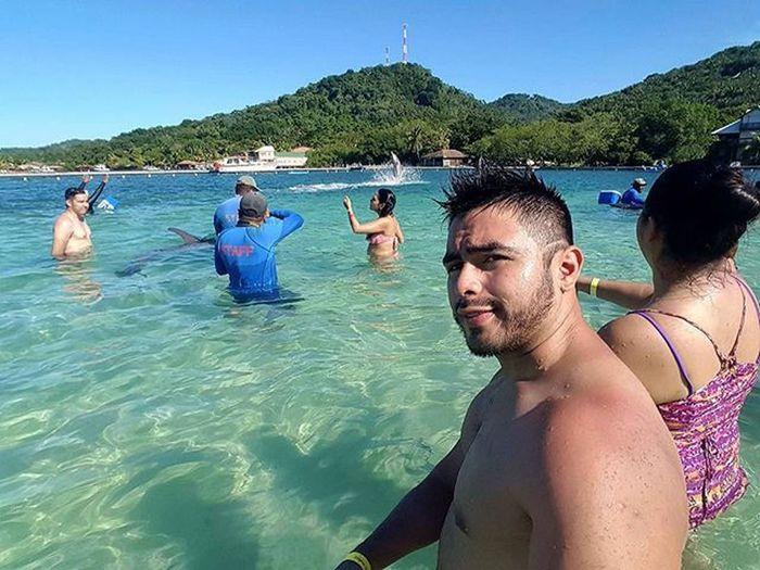 Ya listo para el enencuento 😍👐🐳 Roatahonduras Honduras Vacaciones2015❤ Westbaybeach Noviembre Roatan