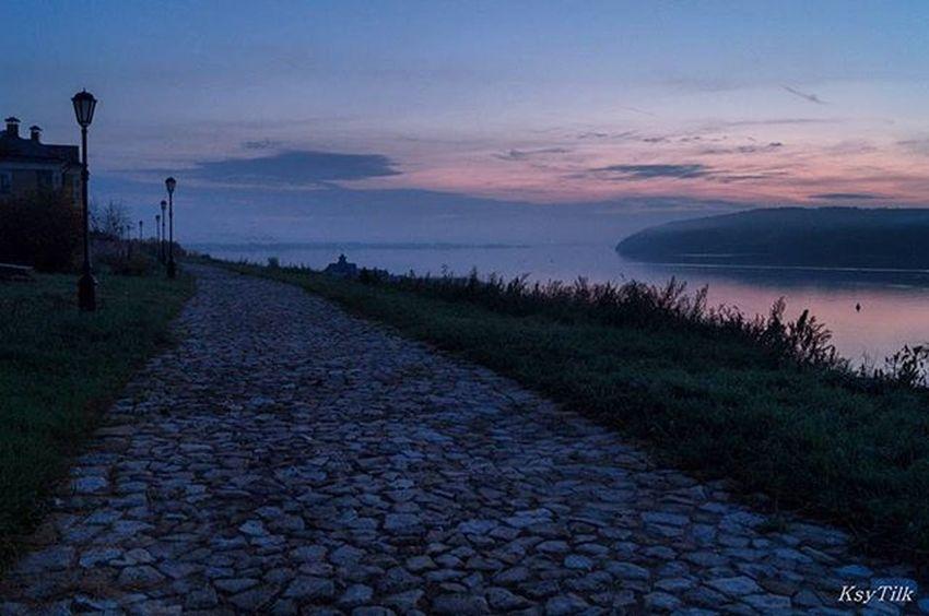 Доброе утро! Отличного понедельника! Рассвет на острове Свияжск. доброеутротатарстан рассвет понедельник свияжск