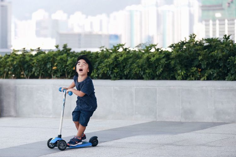 Sport In The City HongKong Hong Kong Playing Kids Scooter Fun Having Fun Showcase: November Q Q-ute and Quick!! The joy of childhood.