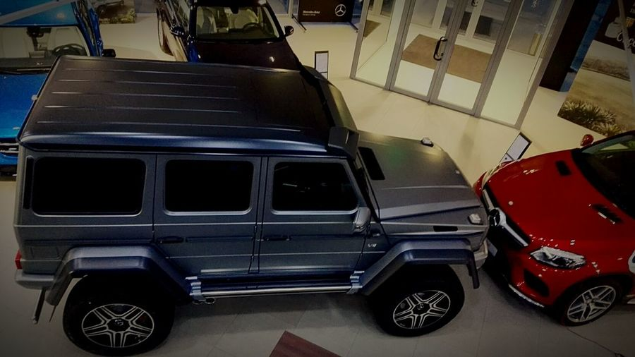 Hanging Out Check This Out Taking Photos Mercedes-Benz Godzilla Mercedesfanatics Carlovers Grey Spirit Showroom Photo 500 4x4