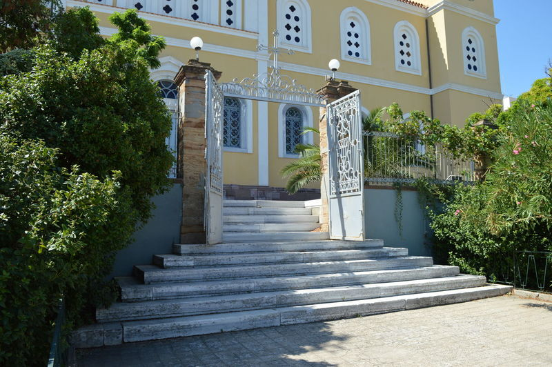 Chios insel church Architecture Built Structure Building Exterior Staircase Building Plant Steps And Staircases Tree Nature Day The Way Forward Direction Sunlight Entrance No People Place Of Worship Belief Religion House Spirituality Outdoors