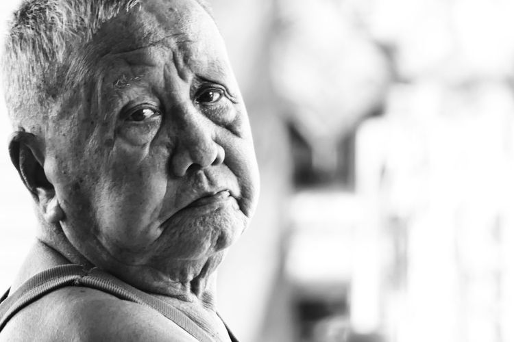 All the story in this eyes First Eyeem Photo One Person Eyesight LAO Grandpa Blackandwhite Oldstory