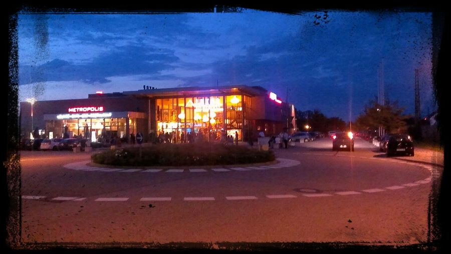 Cinéma @ Pain & Gain Cinema HTC One S Taking Photos Nightphotography