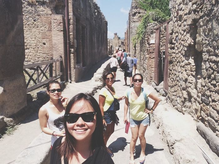 Tourists Friends ❤ Ancient Ruins Soaking Up The Sun