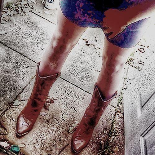 These legs r made 4 walking !!! Walking Tazer Boots Mylegs Pins