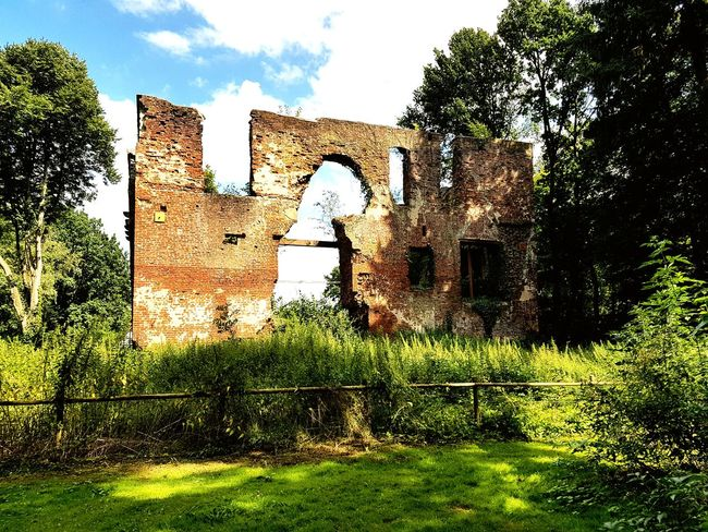 Built Structure Outdoors Architecture Cloud - Sky Day No People Building Exterior Grass Nature Sky Old Buildings Ruined Building Ruins Castle Ruin Germany 🇩🇪 Deutschland Architecture Building