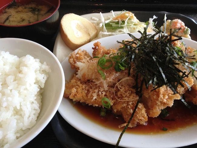 おろしチキンカツ定食。ランパスで800円→500円♪ IPhoneography Lunch Passport