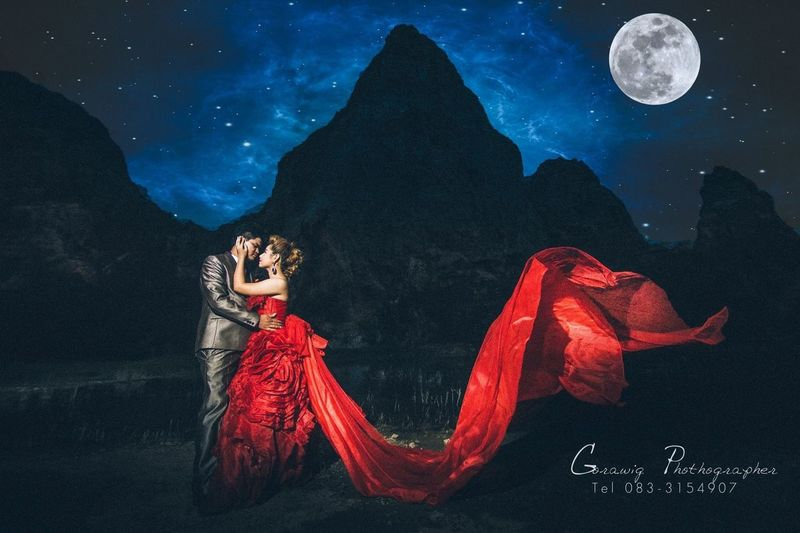 Wedding Photography Prewedding Nightphotography Moon Moonlight