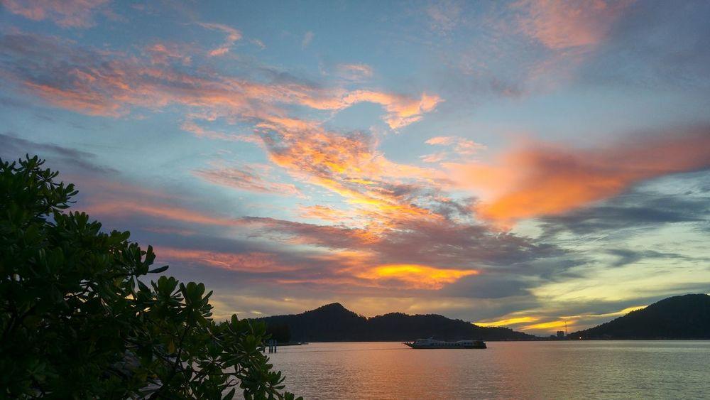Sunset of Pangkor Island Pangkor Island Sunset Beach Silhuoette