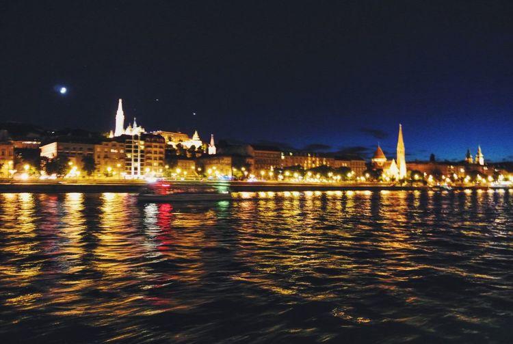 Illuminated Night Water River No People Awesome Night Lights Nightshot Europe Europe Trip Travel Hungary Budapest Vscocam